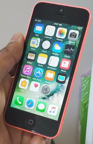 iPhone 5C. Factory Unlocked & Usable for Any SIM Any Carrier Any Country for Sale in West Springfield, VA