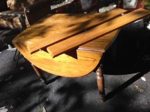 Really nice antique table with 2 leaves for Sale in Hammonton, NJ