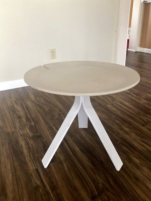 Table for Sale in Anchorage, AK