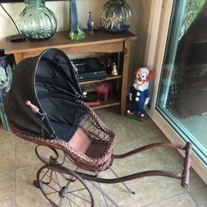 Antique Doll Carriage for Sale in Glendora, CA