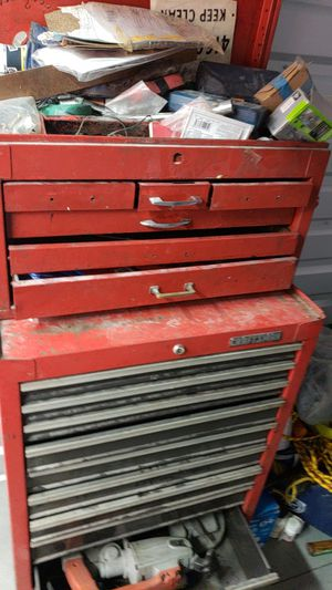 16 drawer craftsman roll away tool box 250 obo for Sale in San Diego, CA