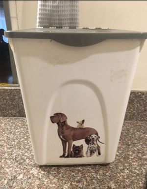 Dog Food/Supplies Storage Container for Sale in West Hollywood, CA