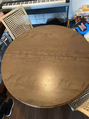 DINING TABLE for Sale in Lake Worth, FL