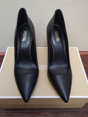 Michael kors high heels for Sale in Pearland, TX