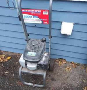 5.5 horsepower pressure washer by Honda for Sale in North Ridgeville, OH