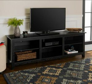 """Manor Park Wood TV Media Storage Stand for TVs up to 78"""", Black for Sale in Houston, TX"""