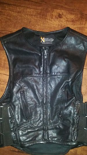 Motorcycle vest. Adjustable. XL for Sale in Gladstone, OR