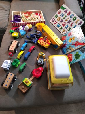 Kids toys and ABC board and fishing animal board and wooden pizza game all for $20 for Sale in Los Angeles, CA