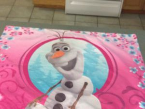 Disney Frozen theme set of window curtains and one matching pillow case with the snowman from Frozen for Sale in Dover, FL