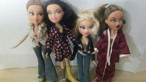 Lot 5 bratz dolls for Sale in Citrus Heights, CA