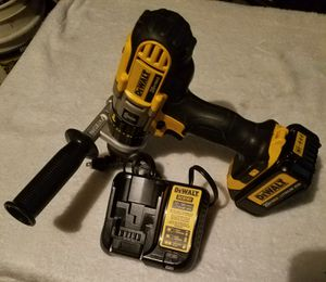 """BRAND NEW DEWALT 20V MAX 3 SPEED 1/2"""" DRILL DRIVER HAMMER DRILL WHITC ONE BATERY AND CHARGER. for Sale in Ceres, CA"""