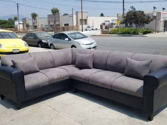 NEW 7X9FT CHARCOAL MICROFIBER COMBO SECTIONAL COUCHES for Sale in Burbank,  CA