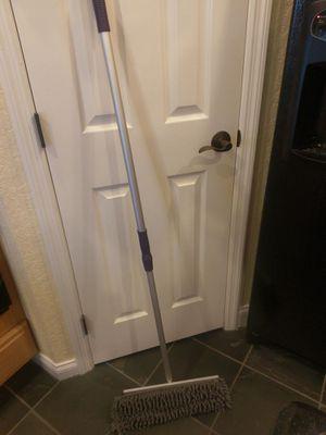 Free Bellewood Mop/sweeper for Sale in Lakeland, FL