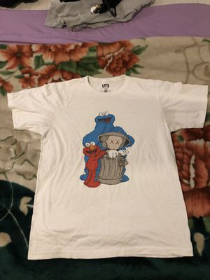 sesame street KAWS shirt for Sale in National City, CA