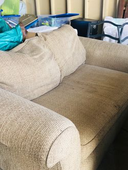 Comfy Sofa for Sale in Portland,  OR