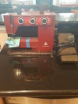 Viking 5710 Sewing Machine for Sale in Chesapeake, VA