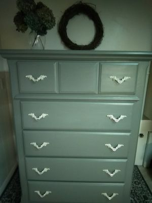 Freshly painted Bassett wood dresser for Sale in Lake View, NY