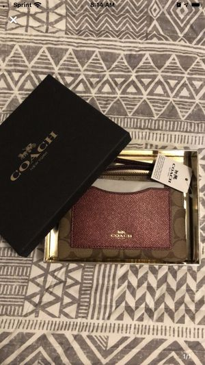 Coach wrist wallet for Sale in Buena Park, CA