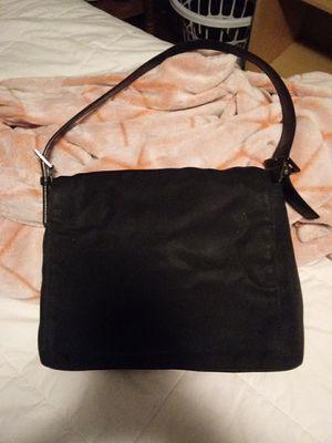 Very cute medium size black Coach bag for Sale in Norfolk, VA
