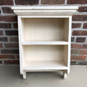 Small Off White Shelf for Sale in Columbus, OH