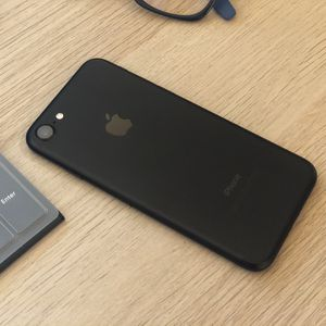 iPhone 7 - 32 GB - Unlocked for Sale in San Diego, CA