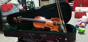 Sremona 1/8 childs violin with case for Sale in West Palm Beach, FL