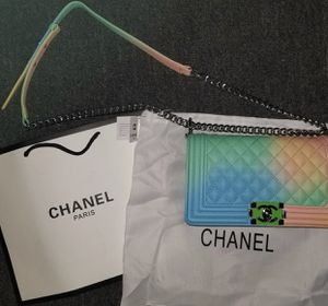 Chanel bag for Sale in Fitchburg, MA