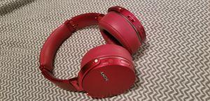 Sony bluetooth headphones MDR- xb950bt for Sale in Weston, FL