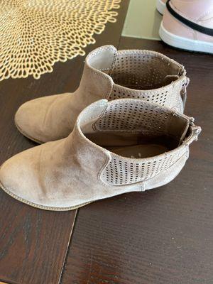 Girls boots for Sale in Oak Lawn, IL