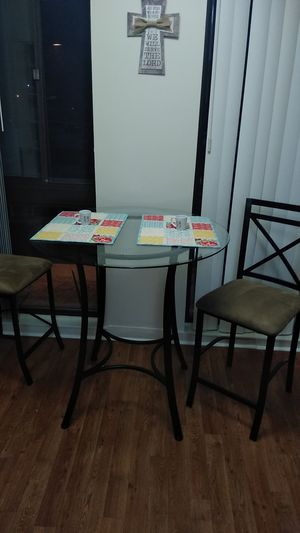 Breakfast table for Sale in Gaithersburg, MD