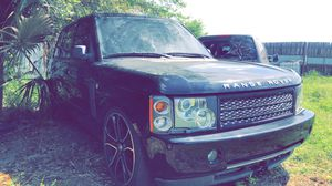 """2006 Range Rover selling as parts clean title ran when parked needs key $2000 stock 18"""" wheels for Sale in Winter Haven, FL"""