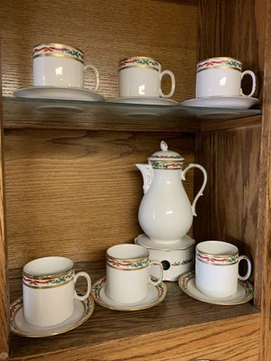 Bavarian China 16 pc Coffee Set w/ Christmas Holly Ribbons, Bows & Evergreen with Gold Trim for Sale in Boston, MA