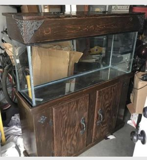 Beautiful Custom 55 Gallon Fish Tank with Stand/Lid & all equipment for Sale in Salt Lake City, UT