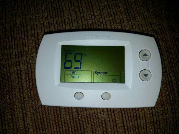Honeywell digital Programmable Thermostat
