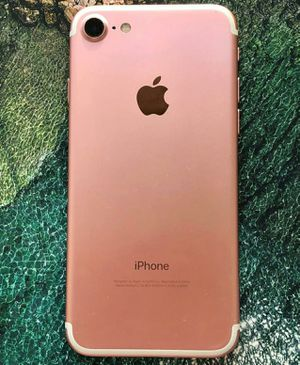 IPhone 7 ,,UNLOCKED .  Excellent Condition  ( as like New) for Sale in Fort Belvoir, VA