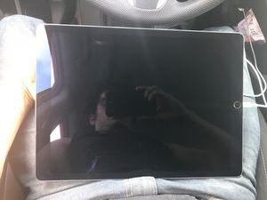 iPad Pro 256gb 12'9 inch WiFi for Sale in Hialeah, FL