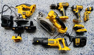 Dewalt Cordless Power Tool Combo Kit for Sale in Miami, FL