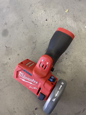 Milwaukee M12 FUEL 12-Volt 3 in. Lithium-Ion Brushless Cordless Cut Off Saw (Tool-Only) for Sale in Hesperia, CA