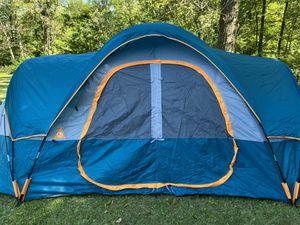10 person tent for Sale in Lockport, IL