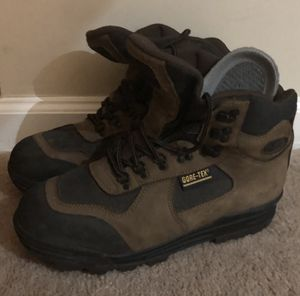 Vasques Men's Goretex Hiking Boots for Sale in Atlanta, GA