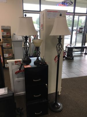 3 new light fixtures for Sale in Portland, OR