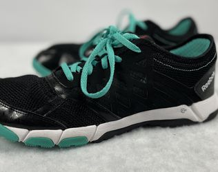 Woman's Reebok One Trainer 2.0 shoes Size 10 M44392 Blue Black Running for Sale in Cary,  NC