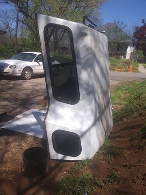 Full-size Step side Camper Top ,FREE FREE FREE . for Sale in Knoxville, TN
