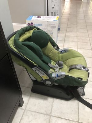 Car seat for baby/toddler for Sale in Hollywood, FL
