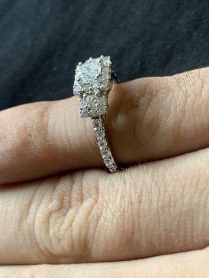 14 karat white Gold wedding ring 1 CTW SIZE 7 for Sale in Anaheim, CA