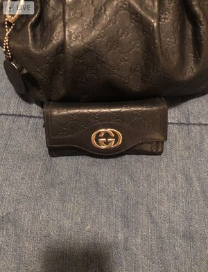 Black Gucci Sukey Hobo and Wallet for Sale in Denver, CO