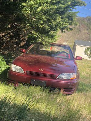 1994 Lexus ES 300 for Sale in Buena Vista, VA