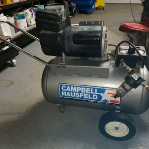 Air Compressor Campbell Hausfeld 125psimax With Hose for Sale in Yonkers, NY