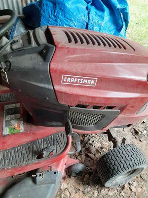 Craftman riding lawn mower for Sale in Cuero, TX
