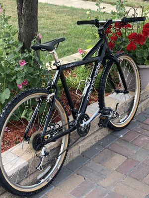 "26"" CANNONDALE DELTA V 700 Mountain bike. for Sale in Romeoville, IL"